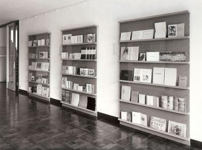 Retrospektive von Künstlerbüchern aus den 1970er Jahren