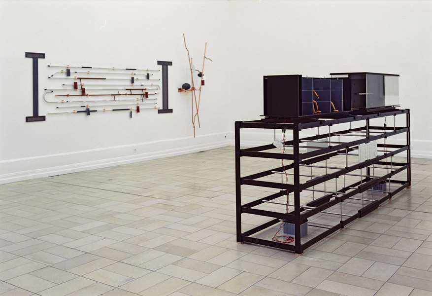 Vegetable Construct, 1994 und B Bau, 1986/1994 © Zvi Goldstein